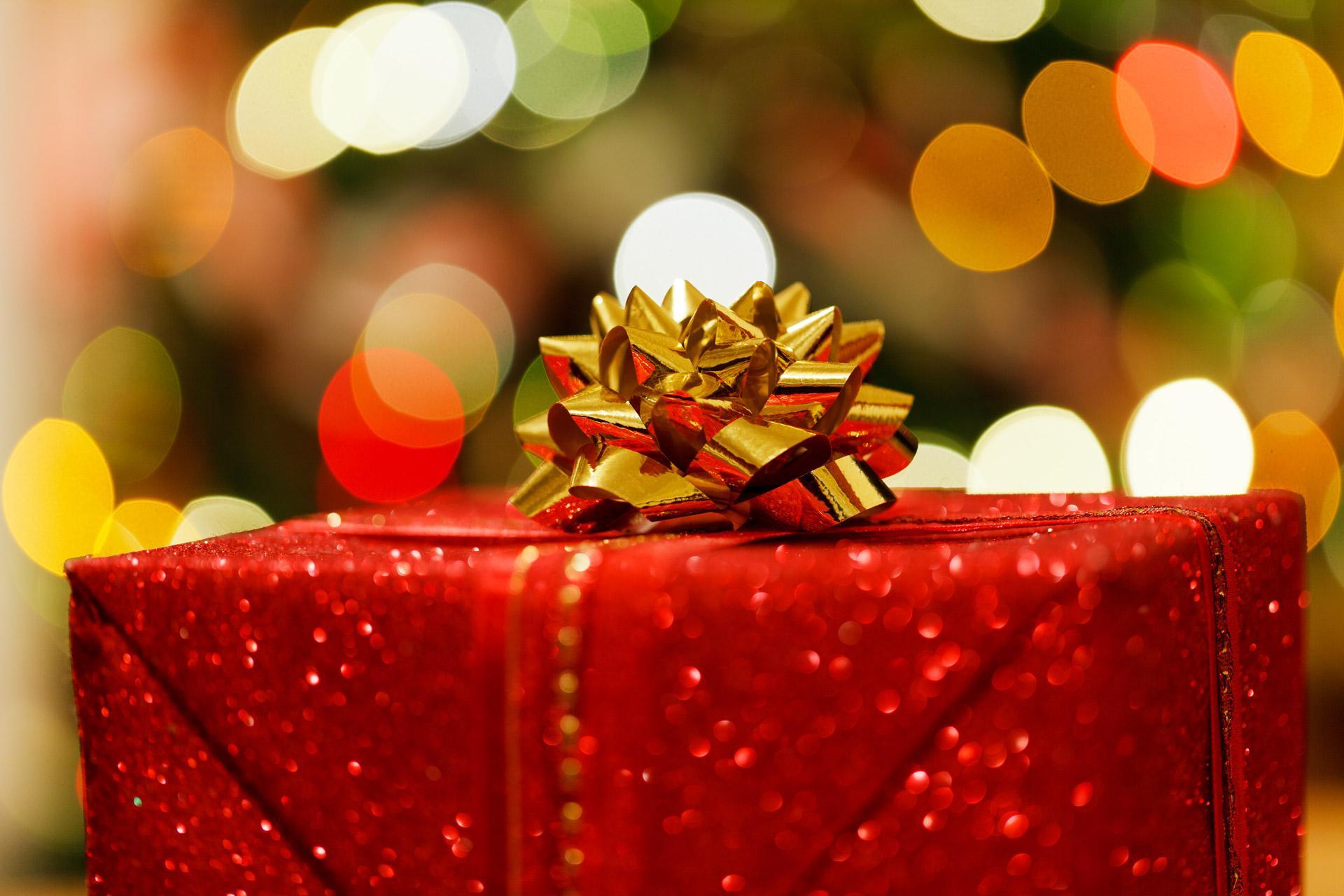 Regali Di Natale Ad Amici.Arriva Natale E Non Sapete Ancora Cosa Regalare Ad Amici E