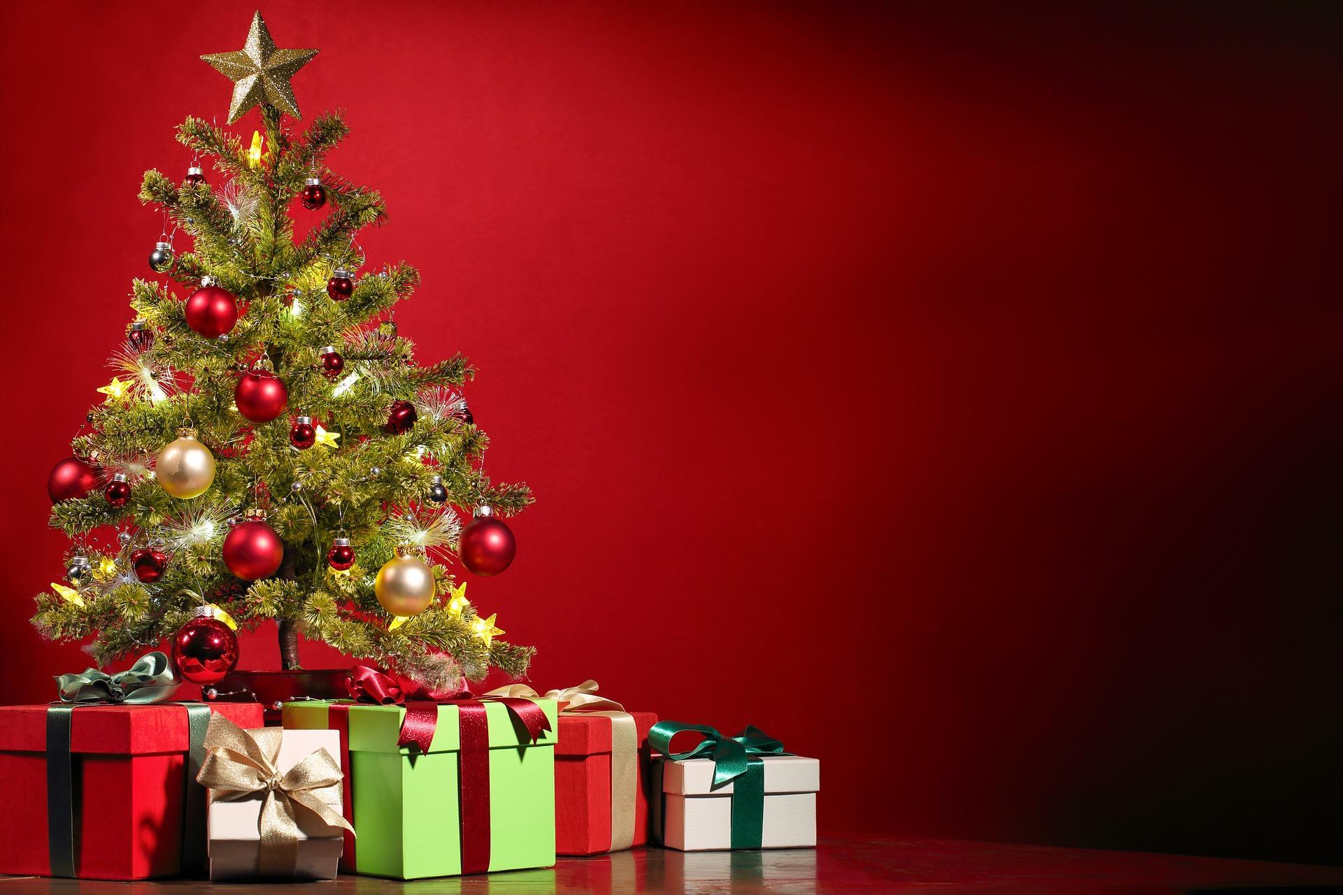 Addobbi Natalizi Quando Toglierli.Quando Si Fa L Albero Di Natale Radio Monte Carlo