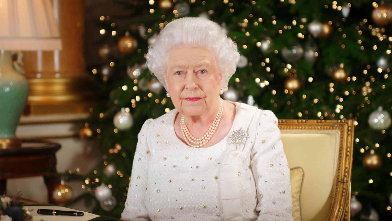 Foto Natale Famiglia Reale Inglese 1990.Royal Family Le 12 Tradizioni Natalizie Che Probabilmente Non Conosci Radio Monte Carlo