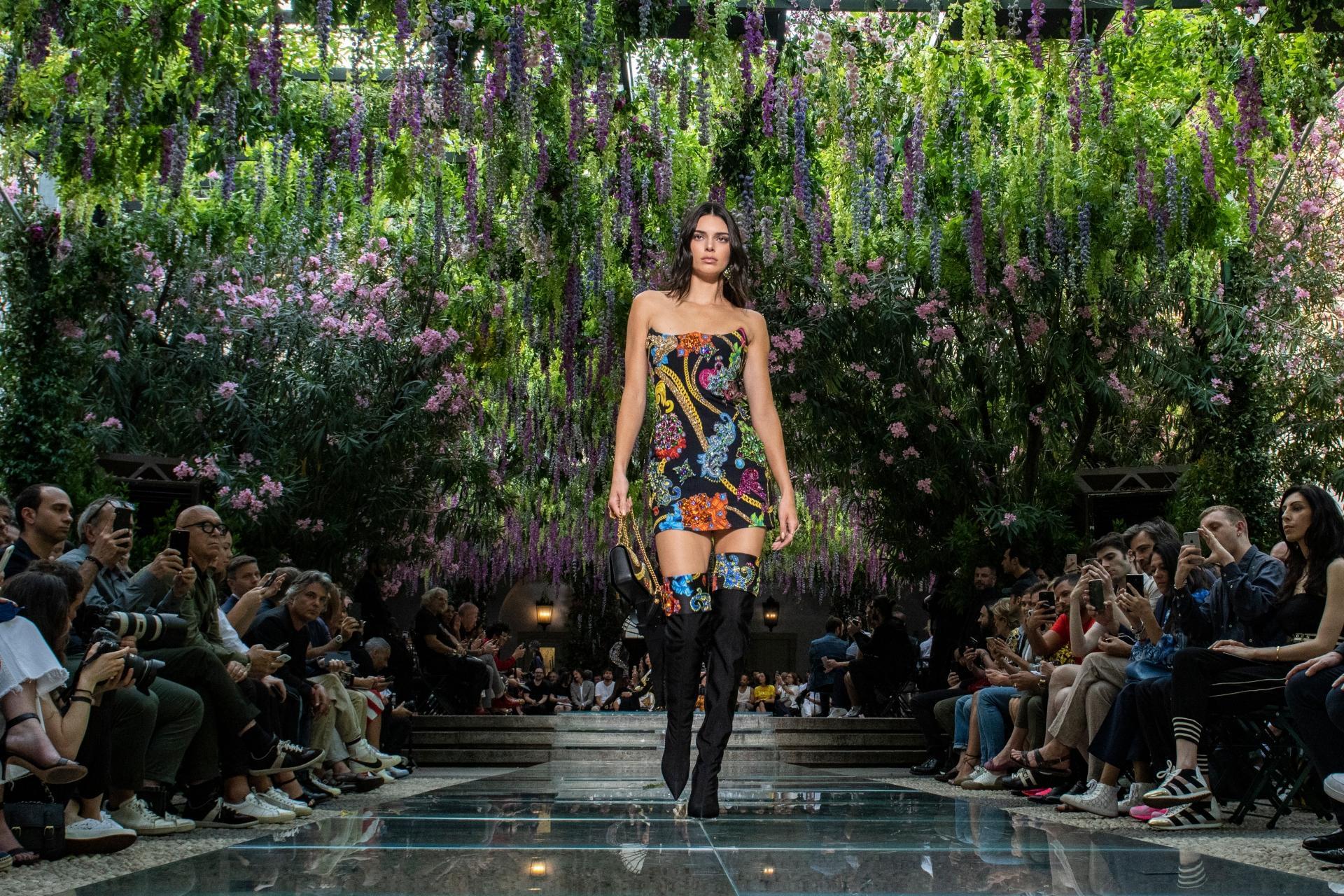 Calendario Sfilate Settembre 2020.Milano Fashion Week Spring Summer 2020 Radio Monte Carlo