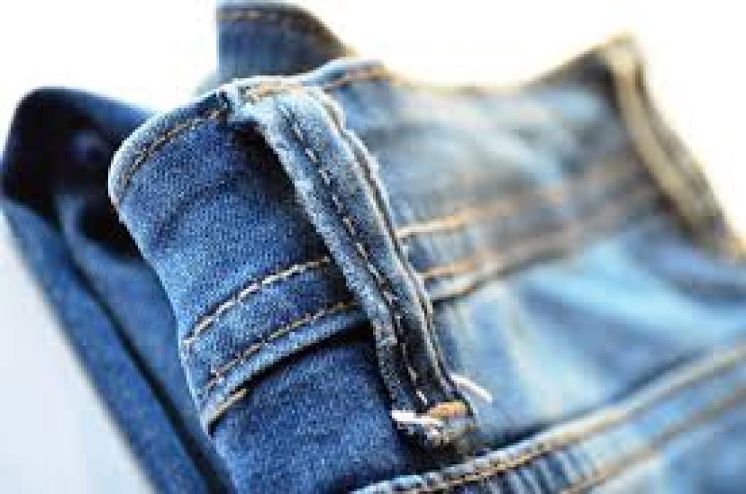 Come Sistemare I Jeans Nell Armadio.Cosa Appendere E Cosa Piegare Nell Armadio Finalmente La Risposta