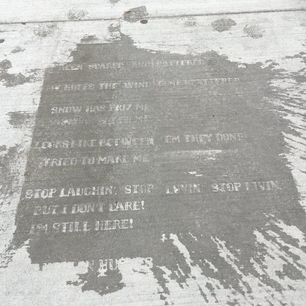 Raining Poetry Le Poesie Svelate Dalla Pioggia Sulle Strade Di