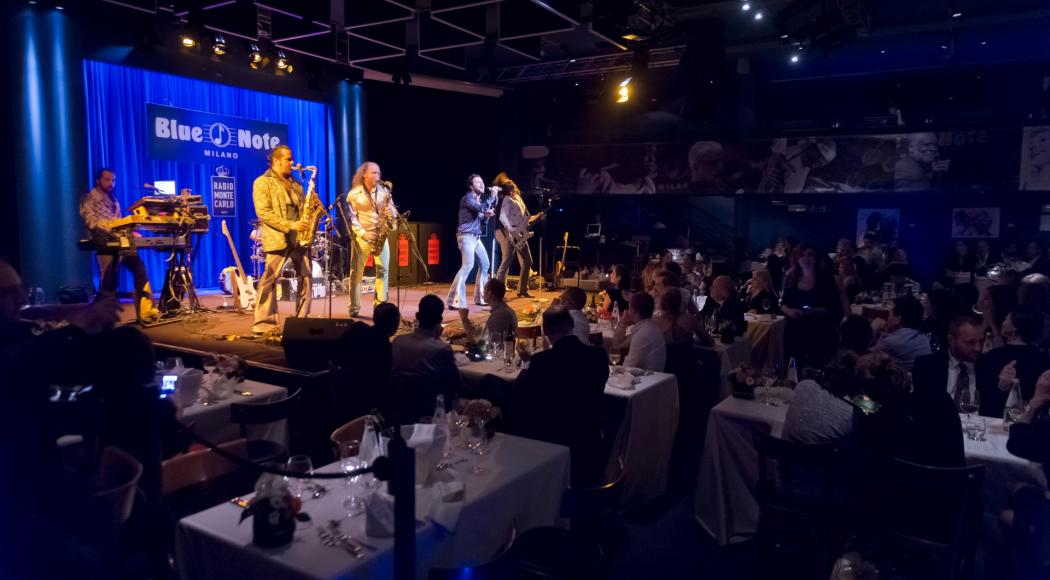 Grande musica, entusiasmo e ospiti internazionali: l'indimenticabile festa di RMC per la chiusura del Pavillon Monaco al Blue Note