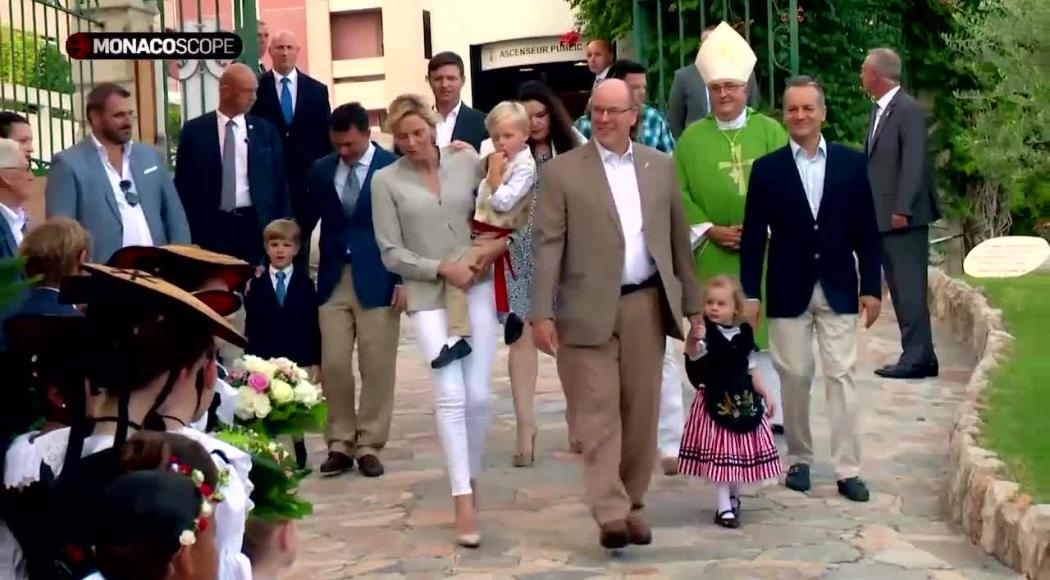 Il Principe Alberto, la Principessa Charlene e i gemellini festeggiano U Cavagnetu