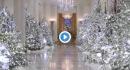 Melania Trump mostra gli addobbi di Natale presidenziali: sfarzosissimi!