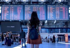 Viaggi: le donne italiane amano farli da sole!