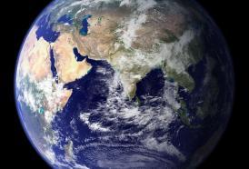 Clima e ambiente: 'Per salvare il pianeta, l'uomo non si consideri centro del mondo.'
