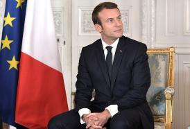 La promessa di Macron: Notre Dame risorgerà.