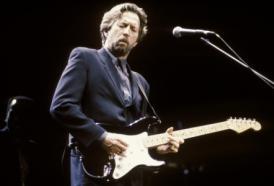 24 giugno 1999: Eric Clapton mette all'asta cento chitarre di sua proprietà