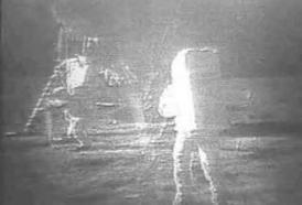 Primo sbarco sulla Luna: quale fu la frase esatta pronunciata da Neil Armstrong?