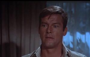 Addio Roger Moore: il video con le scene più belle dai suoi film