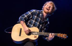 Ed Sheeran rivela il suo sogno: girare una scena d'amore con... Helen Mirren!