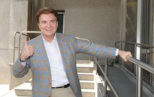 Addio Paolo Limiti: il conduttore tv scompare a 77 anni
