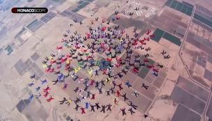 Spettacolare lancio in paracadute in Arizona