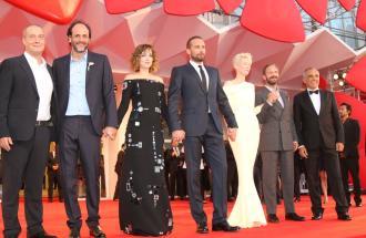 """PIERPAOLO LA ROSA dalla 72° Mostra del Cinema di Venezia, il red carpet del film """"A bigger splash"""" con CORRADO GUZZANTI"""