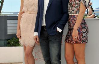 """PIERPAOLO LA ROSA dal 69° Festival di Cannes, il photocall del film """"The last face"""" e il look delle star"""