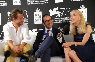"""PIERPAOLO LA ROSA dalla 73° Mostra del Cinema di Venezia, il film """"The Bleeder"""" e intervista a FRANCA SOZZANI"""