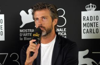 """PIERPAOLO LA ROSA dalla 73° Mostra del Cinema di Venezia, il red carpet di """" Tommaso"""" e intervista a KIM ROSSI STUART"""