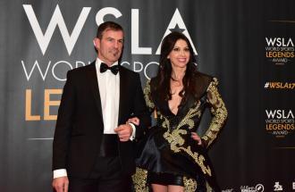 ARMIN ZOEGGELER ex slittini sta al microfono di Boris Mantova per i World Sports Legends Award