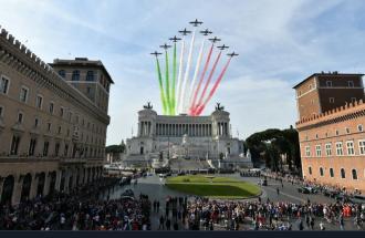 """""""Vogliamo 5 giorni di festa in più all'anno"""": ecco la proposta dei senatori sudtirolesi"""