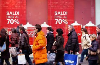 Al via i saldi, dubbi e problemi per chi ha già fatto shopping.