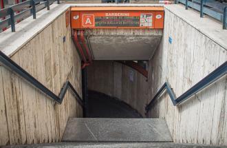 Roma, trasporti nel caos: chiuse tre stazioni della metro,