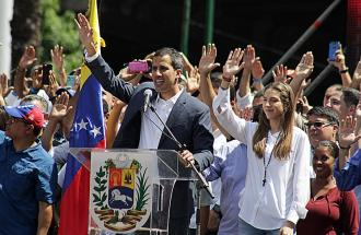 Venezuela: il presidente Maduro destituisce il rivale Guaido'.