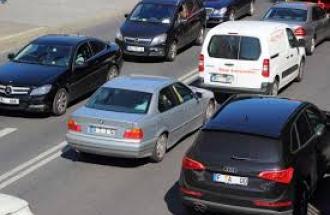 IL MERCATO AUTO E' QUASI FERMO: E NON E' SOLO QUESTIONE DI SOLDI