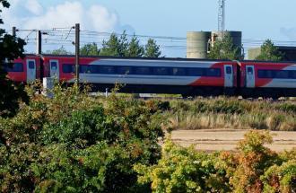 Treno ad alta velocità in ritardo e senza aria condizionata: ho diritto ad un rimborso?
