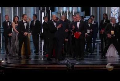 """Oscar 2017: la gaffe di """"La La Land"""", la gioia dei premiati e  il ballo in platea tra le star"""