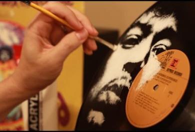 Vinili come tele, ecco i volti degli artisti dipinti sui dischi