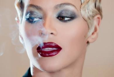 "Beyoncé conquista la sua sesta ""numero 1"""
