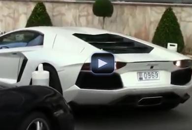 Monte Carlo: ecco come (non) parcheggiare una Lamborghini