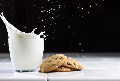 Sorpresa: il latte di banana è buono e salutare. Ecco come farlo in casa