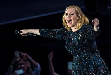 Adele trionfa all'Arena di Verona
