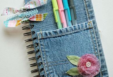 10 modi creativi per reinventare un vecchio jeans