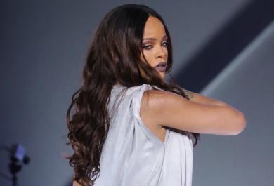 Rihanna ai fan: niente Pokemon Go durante il concerto
