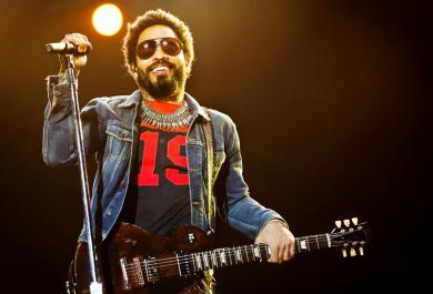 Lenny Kravitz: «Dobbiamo lasciare che sia l'amore a guidarci»
