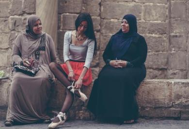 Una danza per la libertà: il progetto fotografico per le strade del Cairo