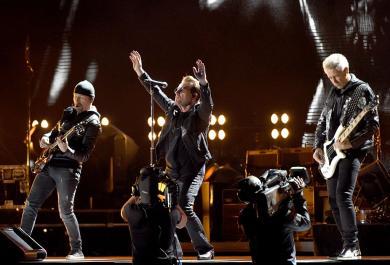"""Gli U2 pubblicano una versione speciale di  """"Red Hill Mining Town"""".  Ascolta l'anteprima"""