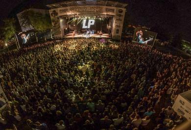 LP live al GruVillage Festival: le foto più belle