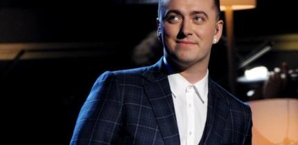 Sam Smith interpreta il nuovo tema di James Bond