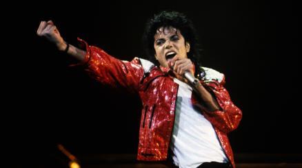 26 febbraio: Michael Jackson al primo posto in classifica