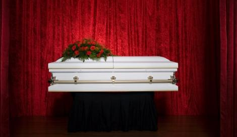 Crowdfunding per pagare i funerali. Negli USA è sempre più comune