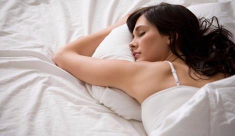 Se la luce ci tiene svegli è colpa di una proteina che dice al cervello di non dormire