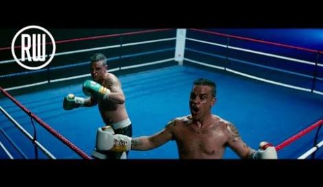 Robbie Williams: il nuovo video The Heavy Entertainment Show