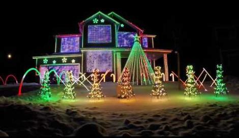 Luci di Natale, che passione: le ultime follie dagli Stati Uniti