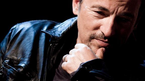Sam Springsteen: il figlio di Bruce ha giurato come Vigile del Fuoco