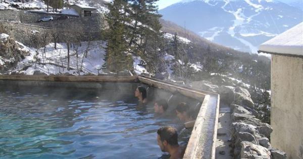 Ecco dove fare le terme gratis in italia foto 1 di 10 radio monte carlo - Cascate in italia dove fare il bagno ...
