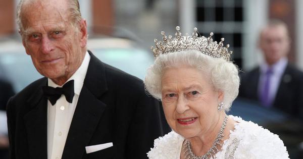 La Regina Elisabetta Sarebbe Pronta A Lasciare Il Trono Per Accudire Filippo Radio Monte Carlo